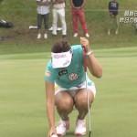 【画像】イ・ボミの爆ちちとパンモロがエロ過ぎて全くゴルフに集中できないwwwwww
