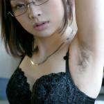 腋毛ボーボーの女の画像を貼るスレwwwwwwwwwwwwwwwwww