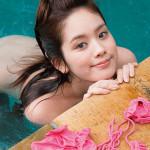 【画像】筧美和子のプールで生尻、ワレメ披露のとんでもない写真がこちらwwwwwwwwwww
