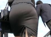 【画像】スーツのまんさん、とんでもなくエロすぎるwwwwwwwwwwwwwwwwww